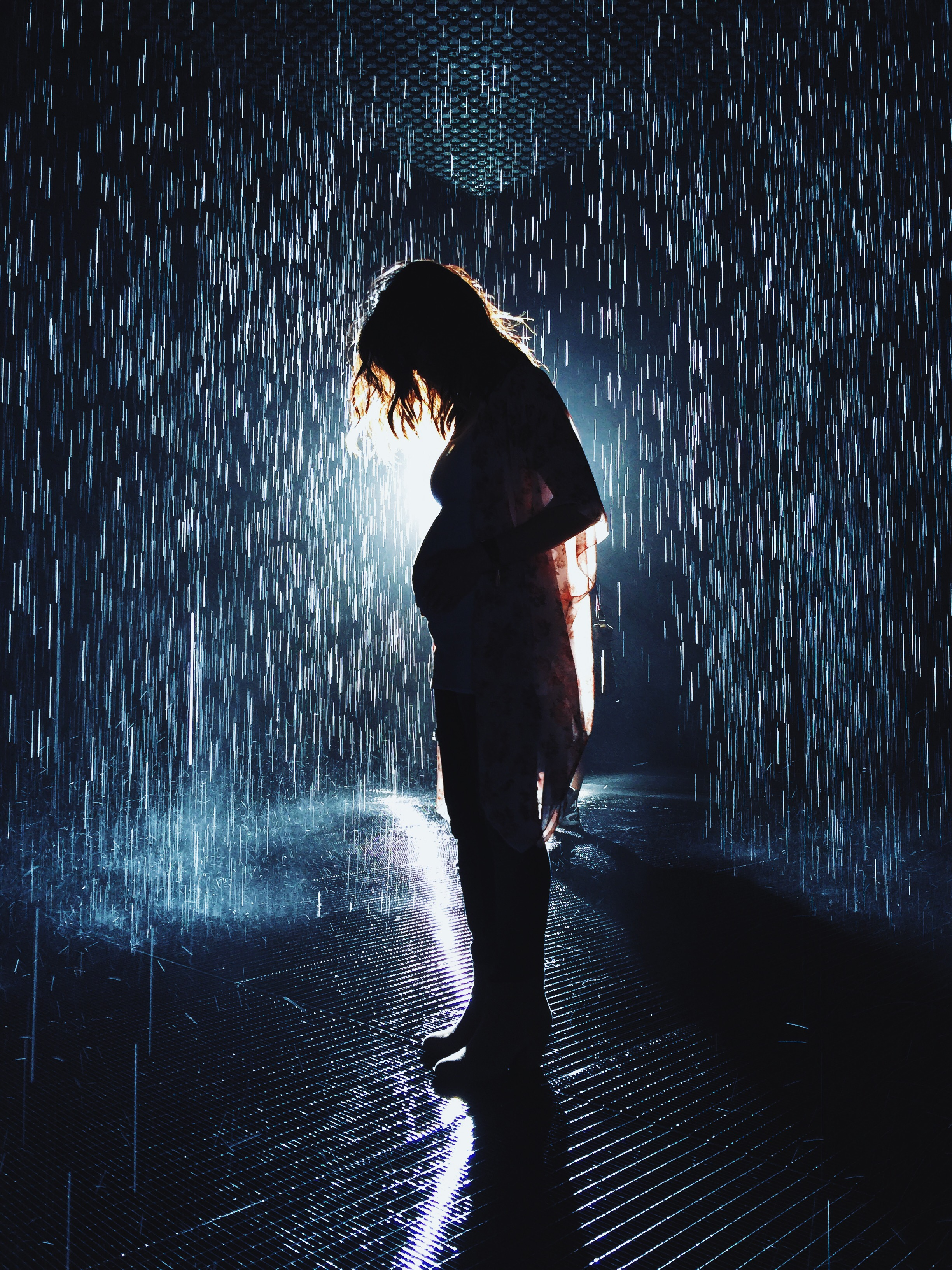 lacma, rain room, bumpfie, pregnancy bump, 2nd trimester, love and lemonade, maternity photographer, los angeles photographer